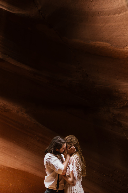 horseshoe-bend-slot-canyon-engagements-28.jpg