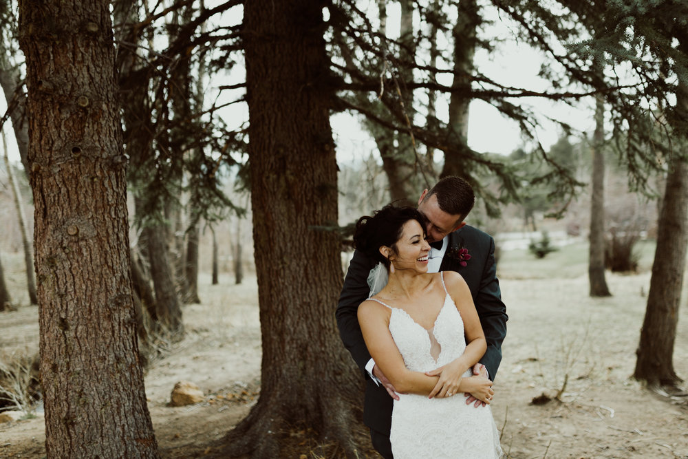 estes-park-intimate-mountain-wedding-1031.jpg
