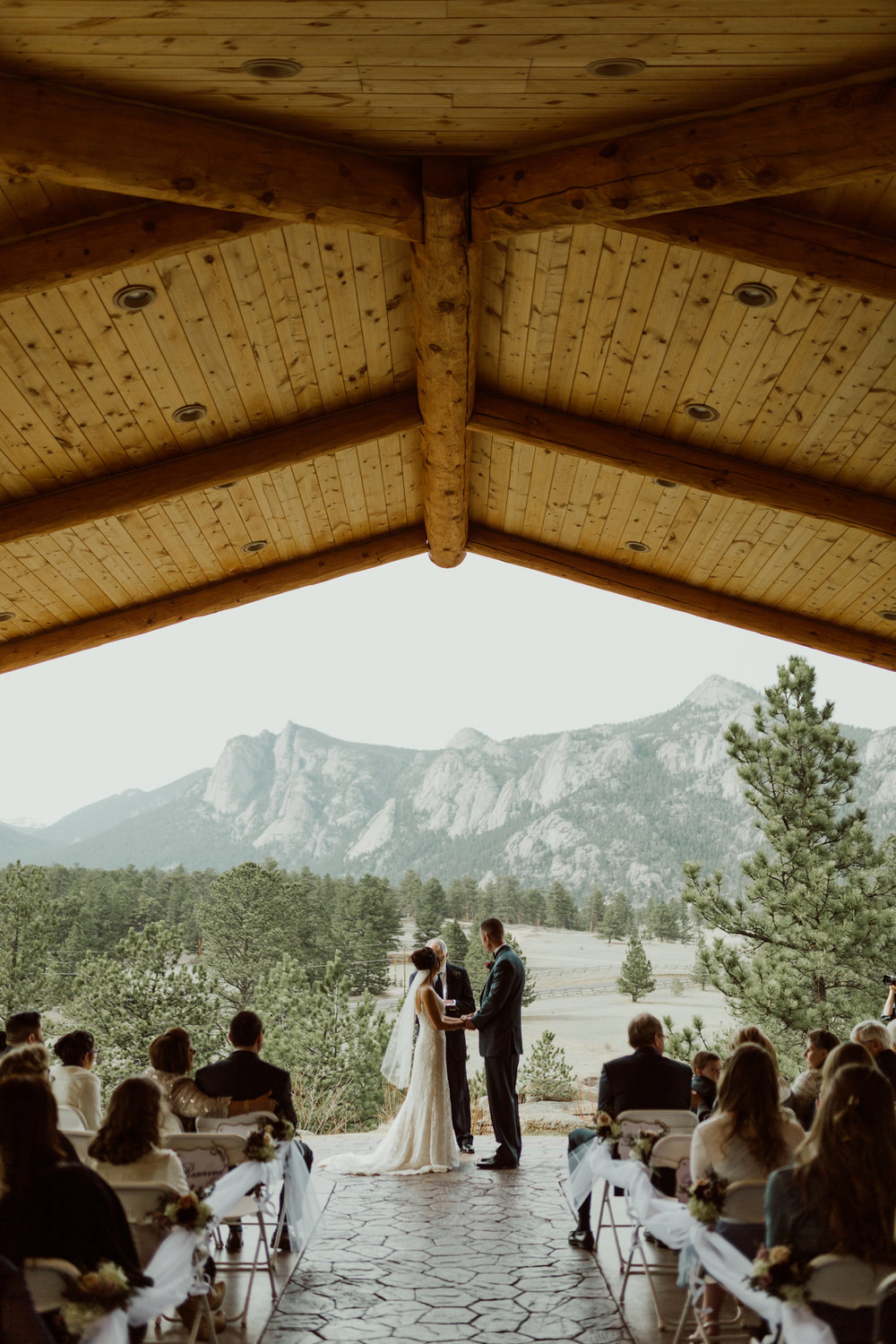 estes-park-intimate-mountain-wedding-1043.jpg