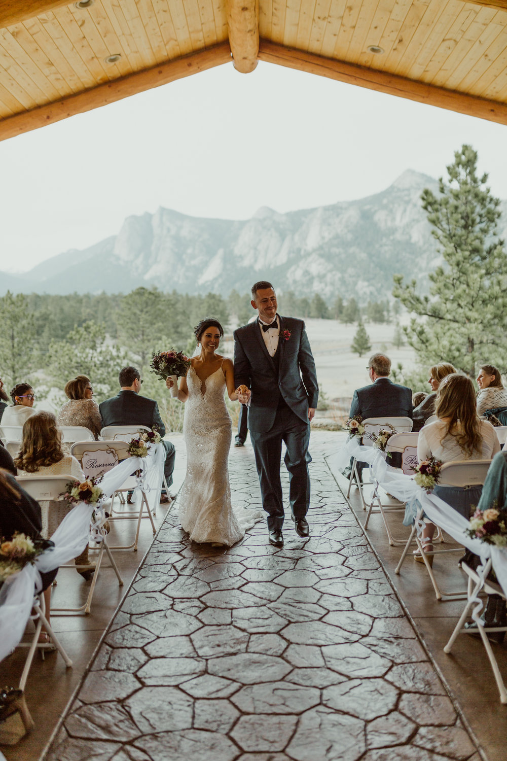 estes-park-intimate-mountain-wedding-1048.jpg
