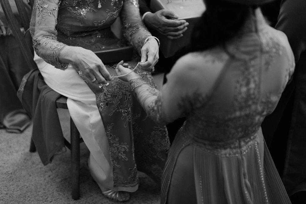 colorado-vietnamese-laotian-traditional-wedding-16.jpg