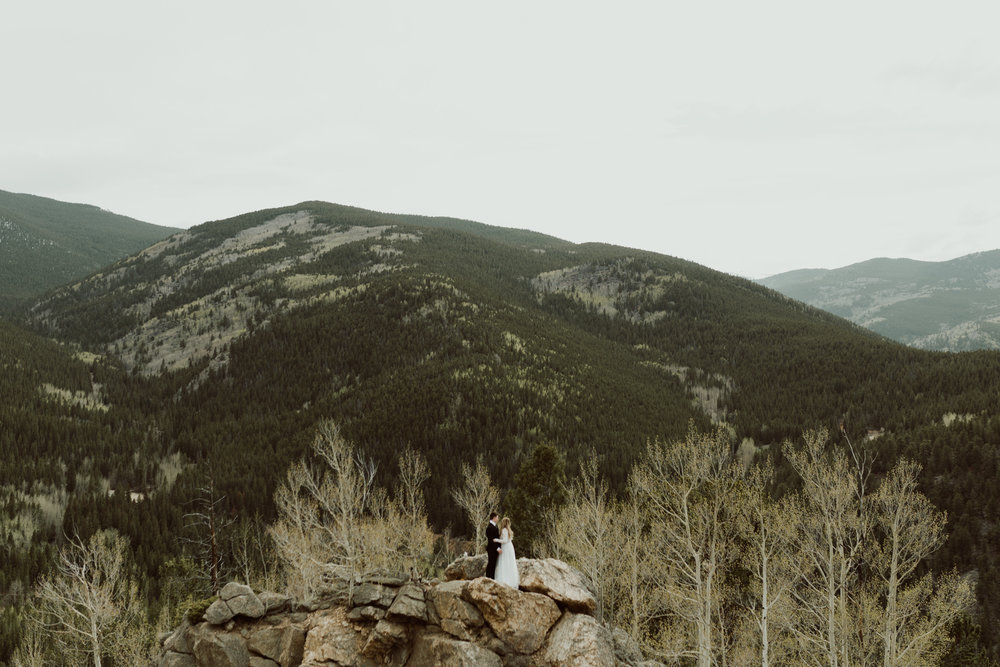 colorado-mount-evans-intimate-adventurous-elopement-16.jpg