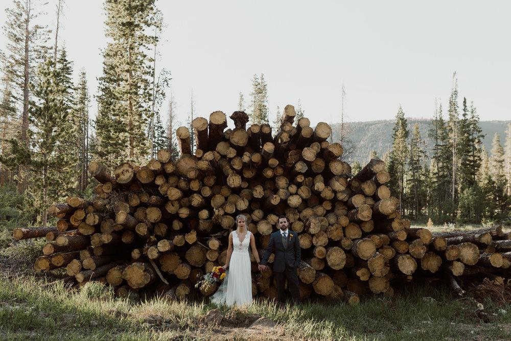 cedarandpines-sunny-wyoming-mountain-wedding-23.jpg