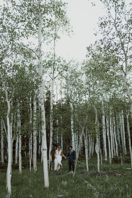 cedarandpines-sunny-wyoming-mountain-wedding-21.jpg