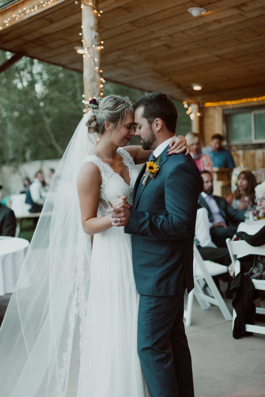 cedarandpines-sunny-wyoming-mountain-wedding-28.jpg