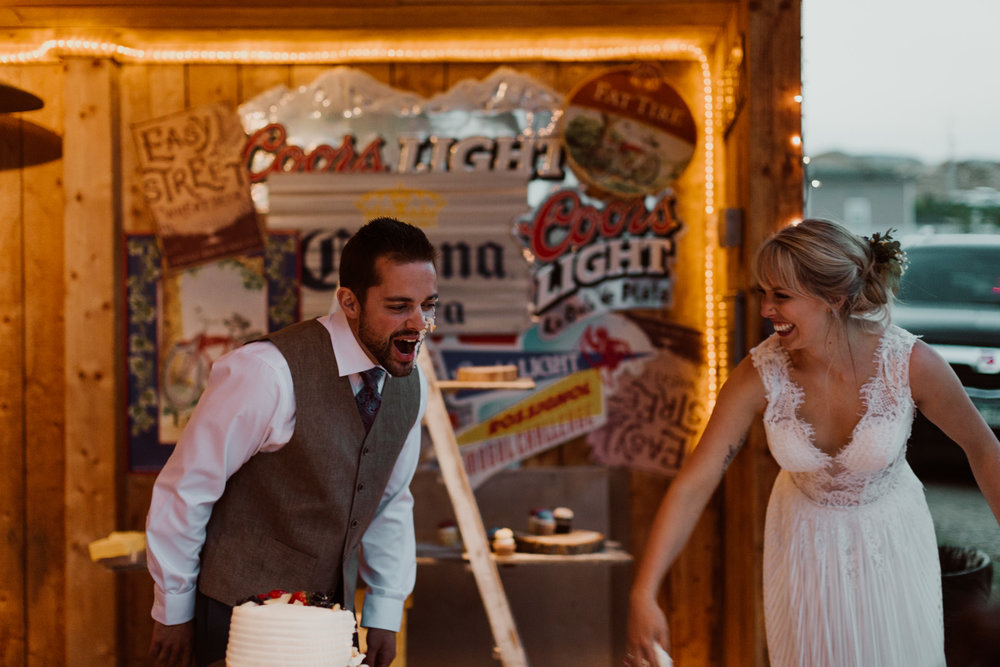 cedarandpines-sunny-wyoming-mountain-wedding-29.jpg