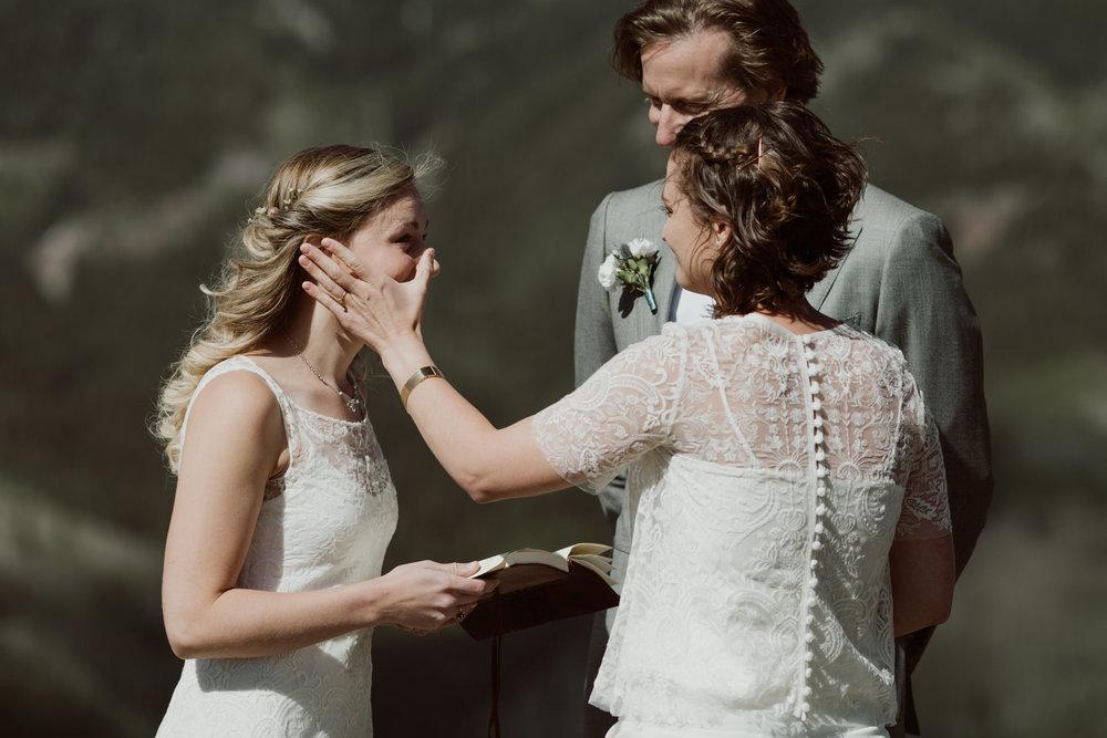 cedarandpines-telluride-mountain-intimate-wedding-12.jpg