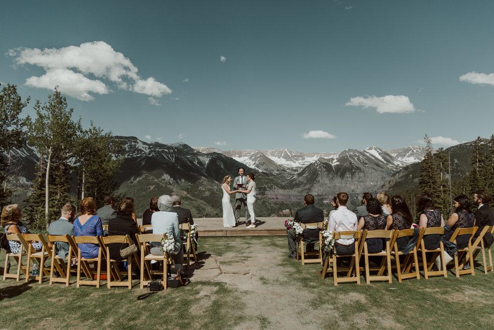 cedarandpines-telluride-mountain-intimate-wedding-11.jpg
