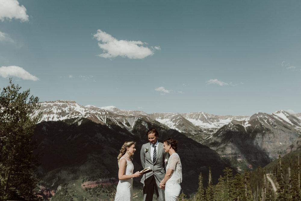cedarandpines-telluride-mountain-intimate-wedding-13.jpg