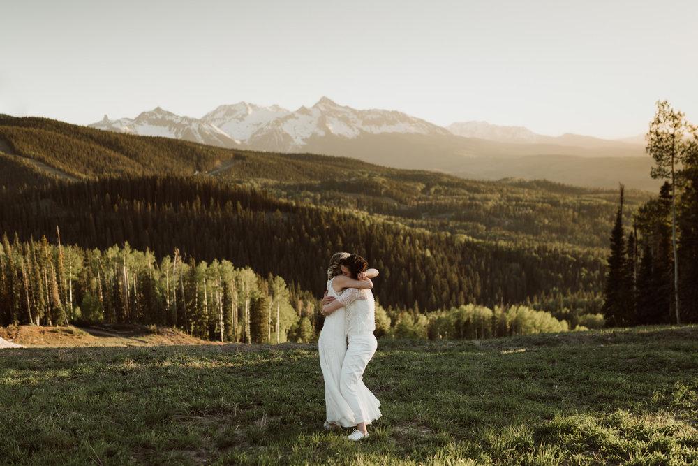 cedarandpines-telluride-mountain-intimate-wedding-22.jpg