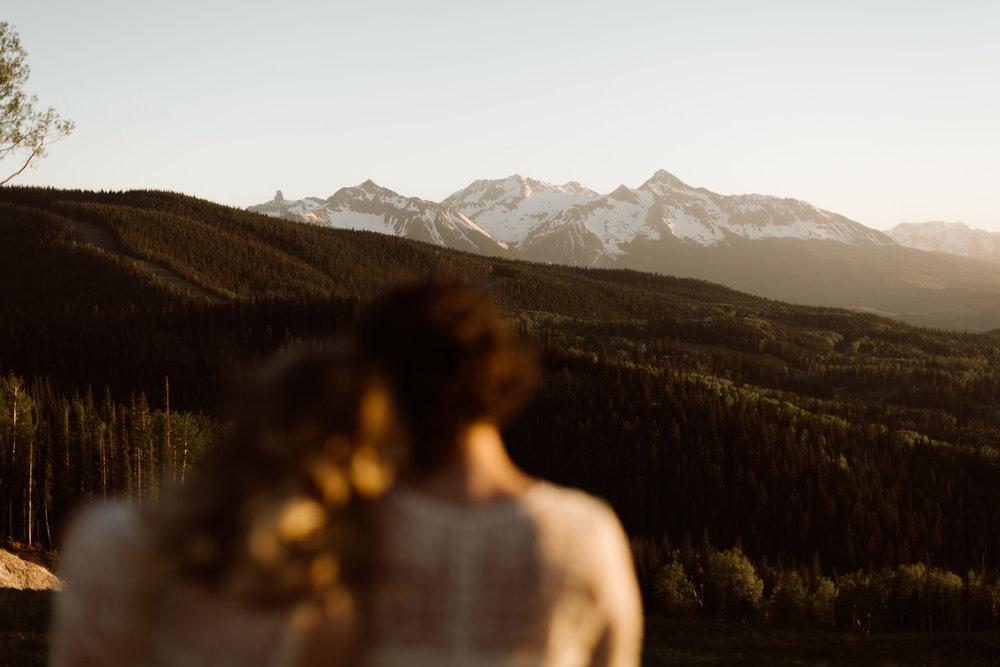 cedarandpines-telluride-mountain-intimate-wedding-24.jpg