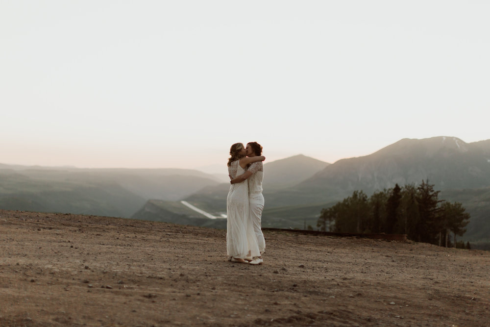 cedarandpines-telluride-mountain-intimate-wedding-37.jpg