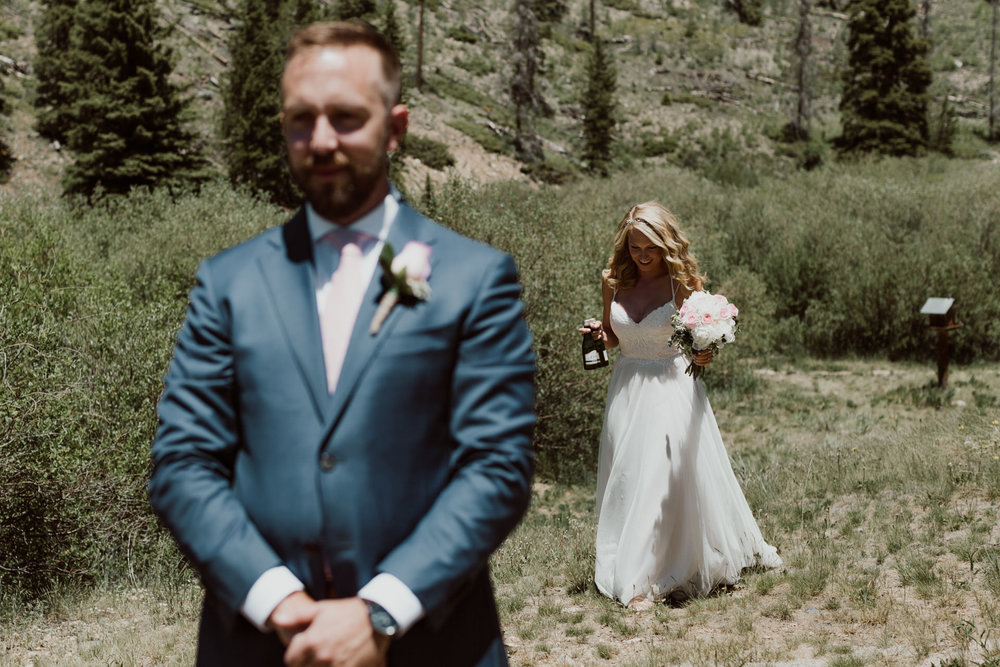 intimate-breckenridge-mountain-wedding-9.jpg