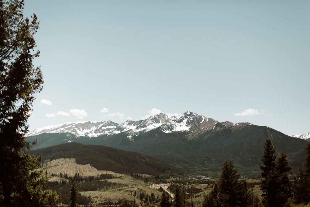 intimate-breckenridge-mountain-wedding-13.jpg