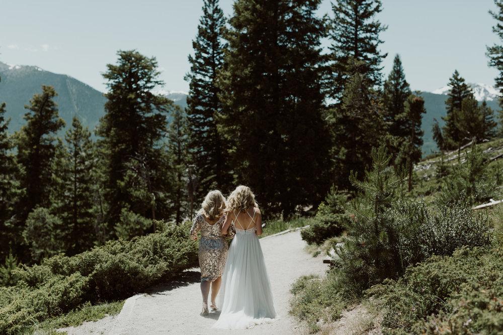 intimate-breckenridge-mountain-wedding-14.jpg