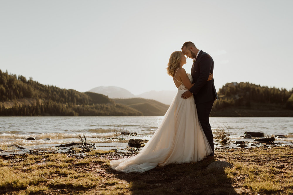 intimate-breckenridge-mountain-wedding-24.jpg