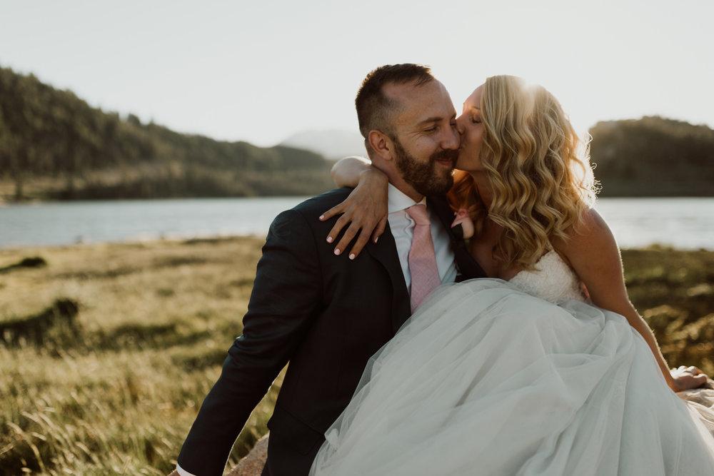 intimate-breckenridge-mountain-wedding-28.jpg