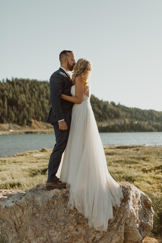 intimate-breckenridge-mountain-wedding-27.jpg