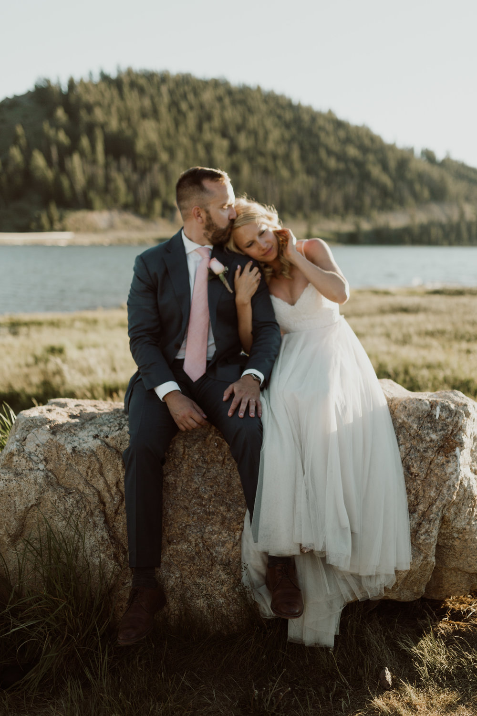 intimate-breckenridge-mountain-wedding-30.jpg
