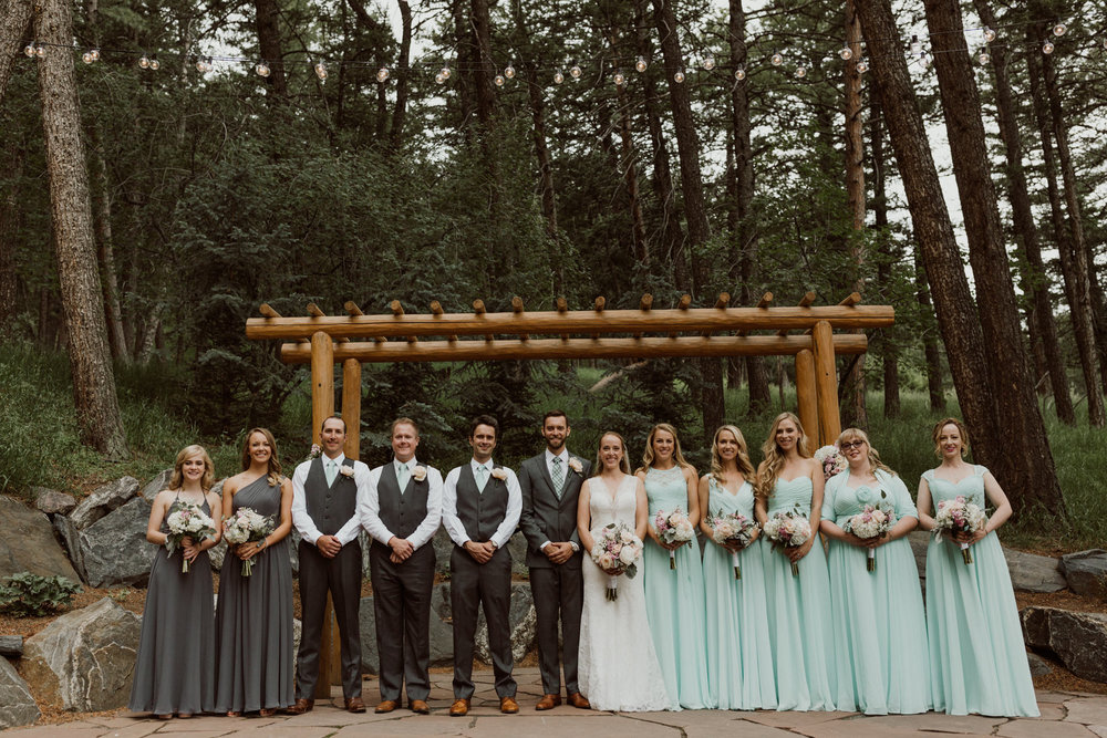cedarandpines_intimate-colorado-forest-wedding-17.jpg