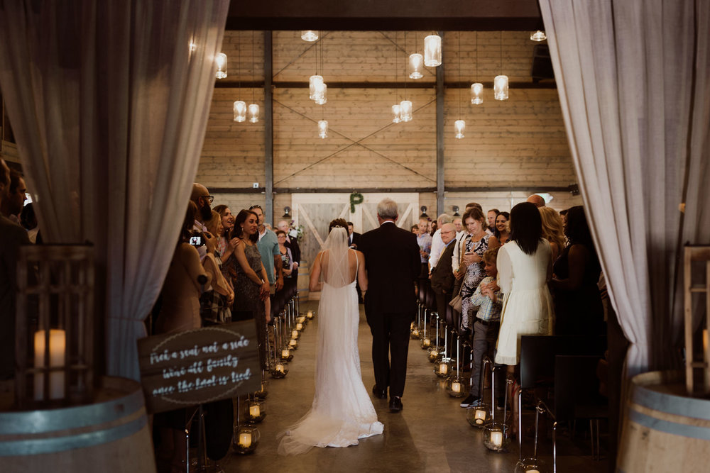 cedarandpines_washington-state-farm-wedding-20.jpg