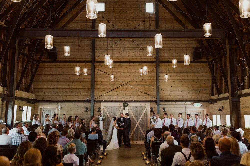 cedarandpines_washington-state-farm-wedding-21.jpg
