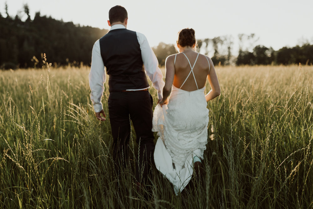 cedarandpines_washington-state-farm-wedding-28.jpg
