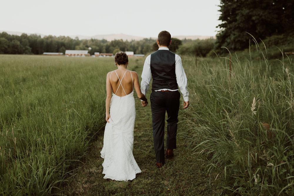 cedarandpines_washington-state-farm-wedding-34.jpg