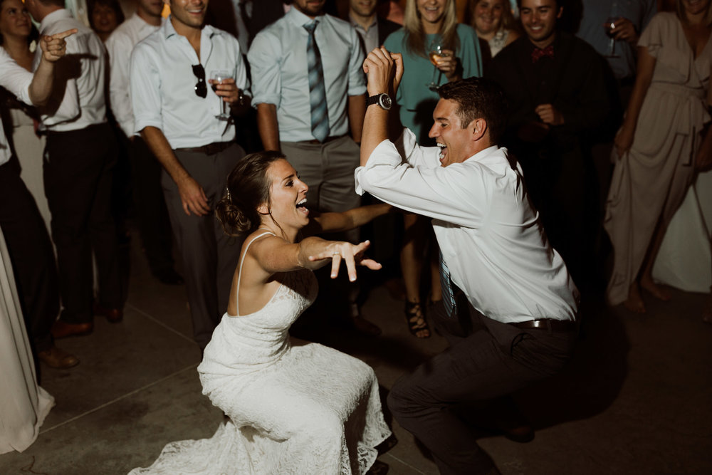cedarandpines_washington-state-farm-wedding-37.jpg