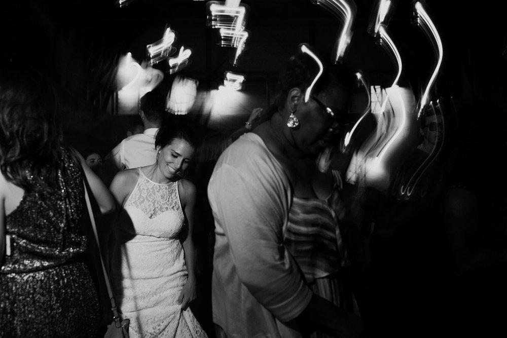 cedarandpines_washington-state-farm-wedding-38.jpg