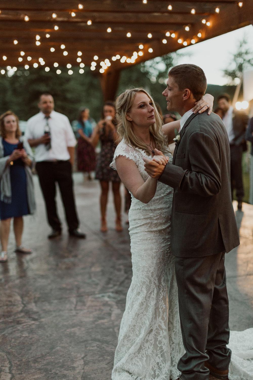 cedarandpines-ouray-colorado-mountain-wedding-30.jpg