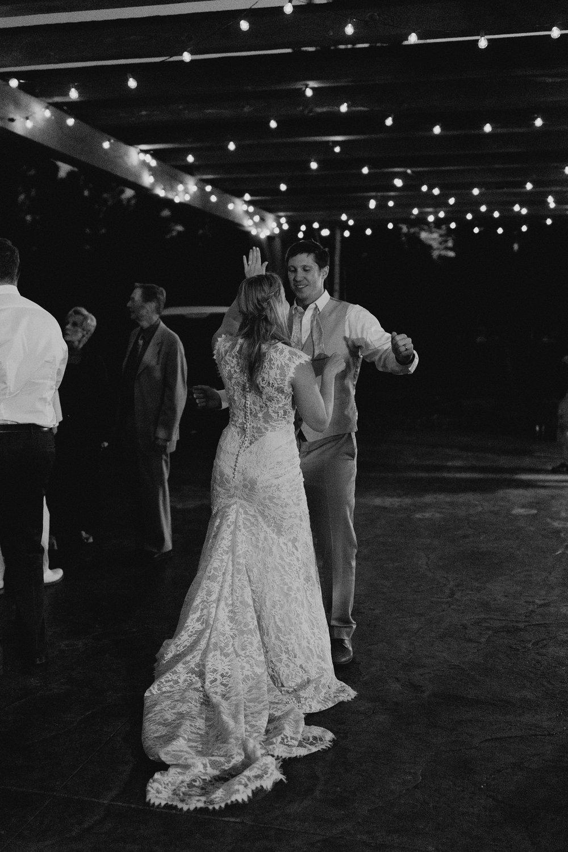 cedarandpines-ouray-colorado-mountain-wedding-32.jpg