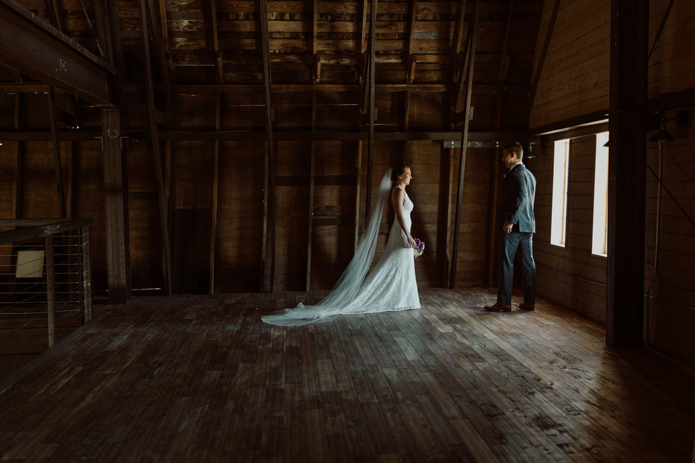 marionfield-farm-washington-barn-wedding-18.jpg