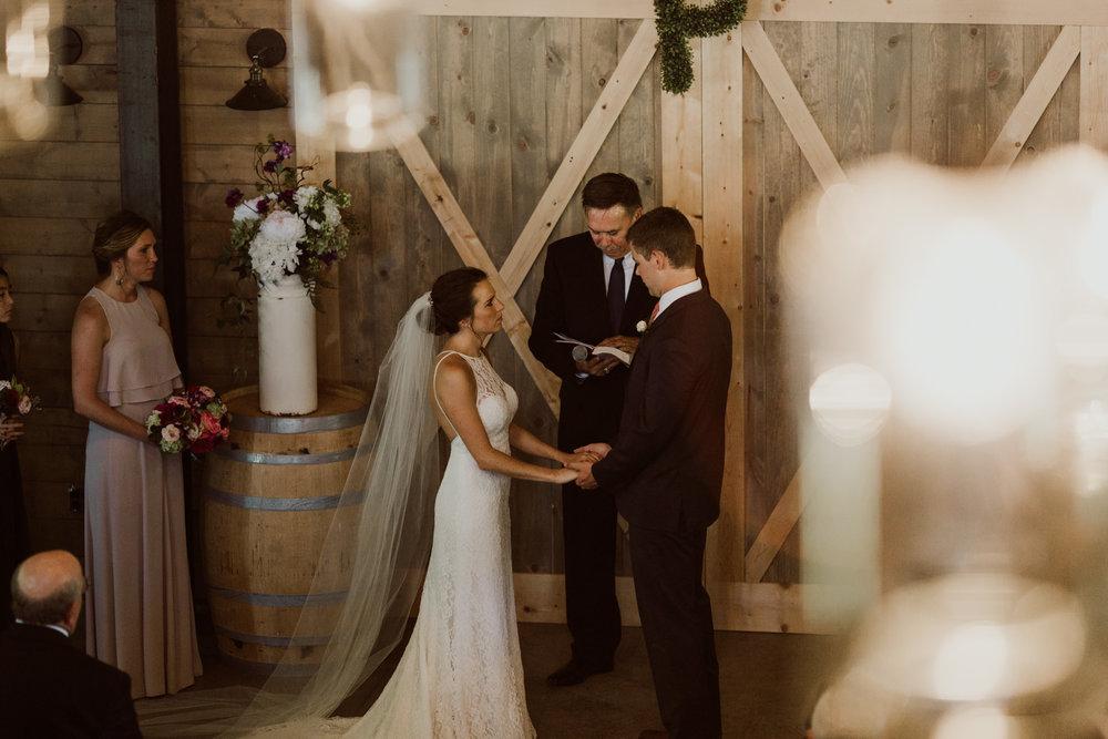 marionfield-farm-washington-barn-wedding-33.jpg