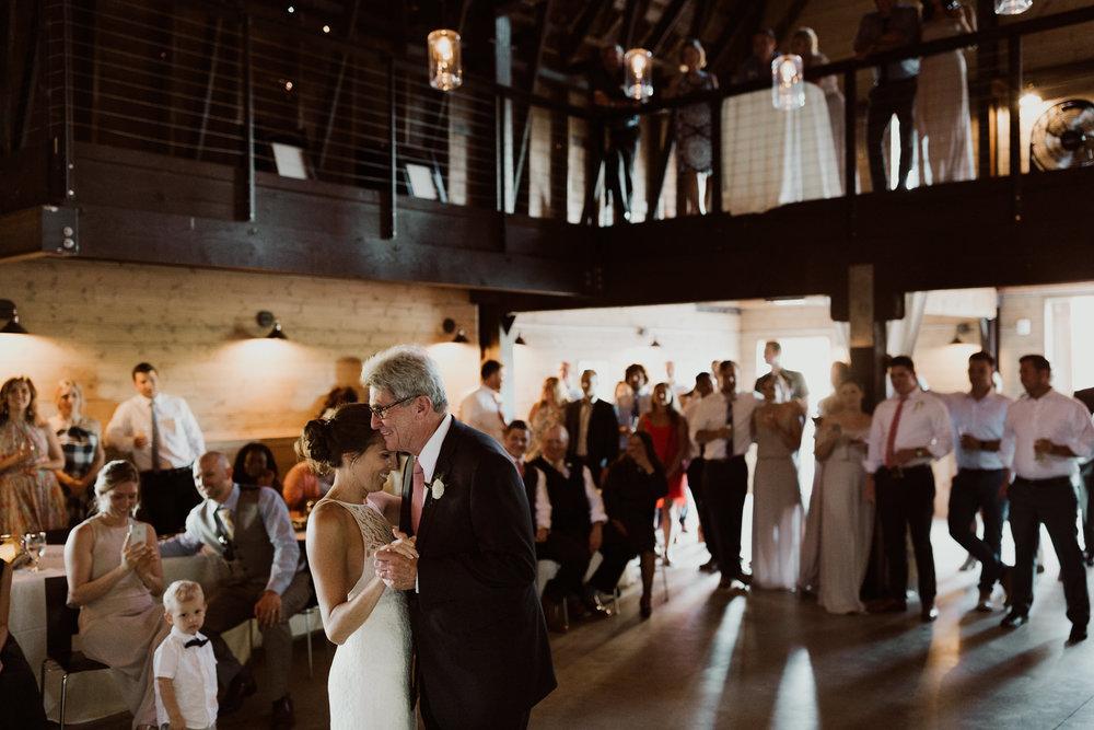 marionfield-farm-washington-barn-wedding-55.jpg