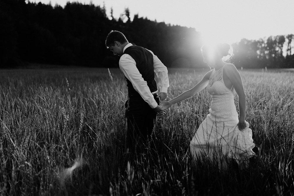 marionfield-farm-washington-barn-wedding-64.jpg
