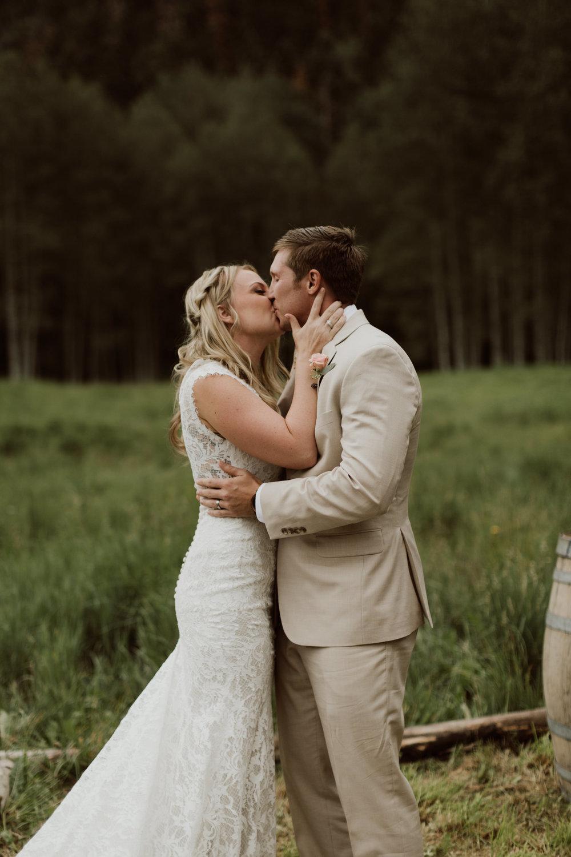 ouray-colorado-adventure-jeep-wedding-61.jpg