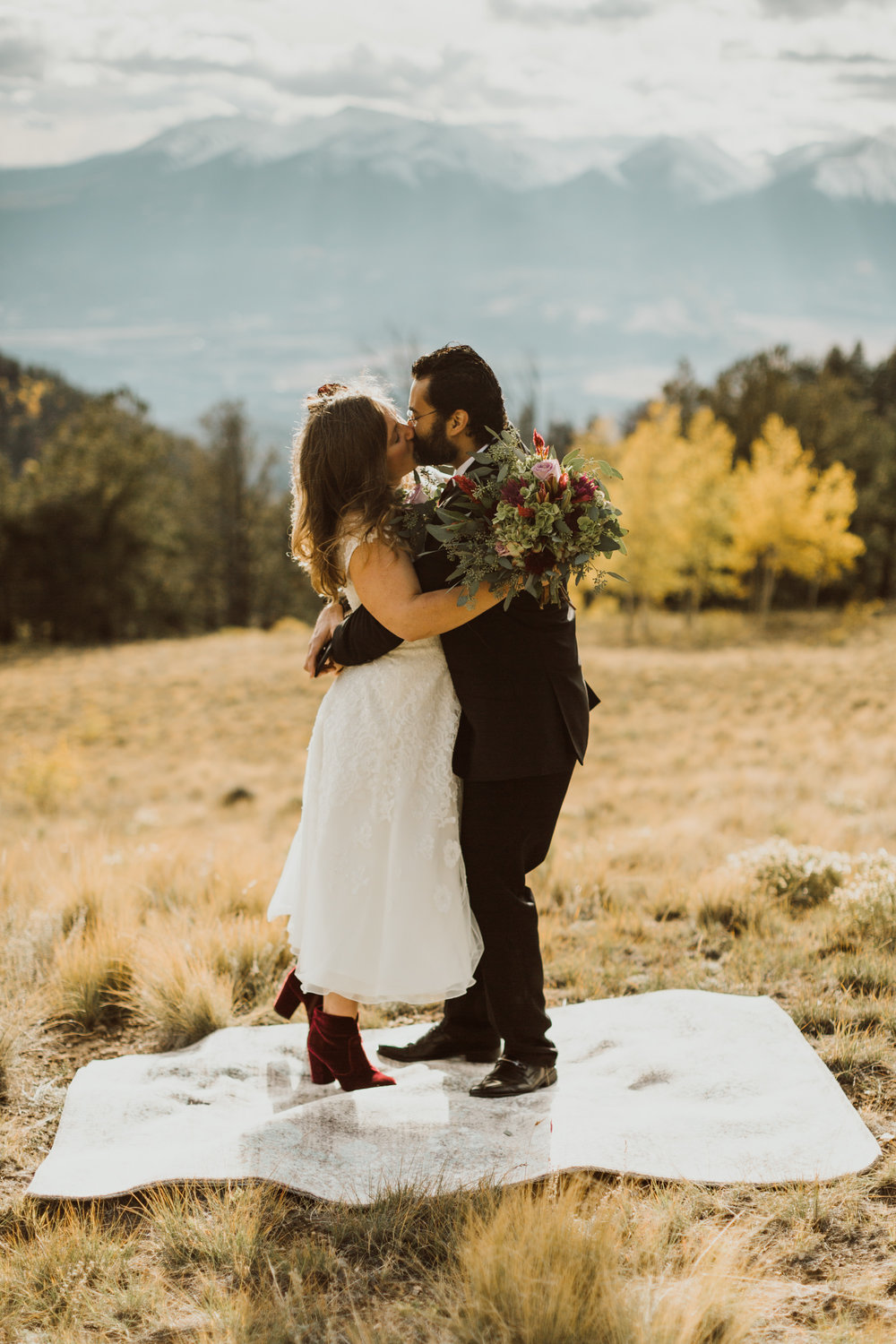 buena-vista-aspen-ridge-colorado-elopement-13.jpg