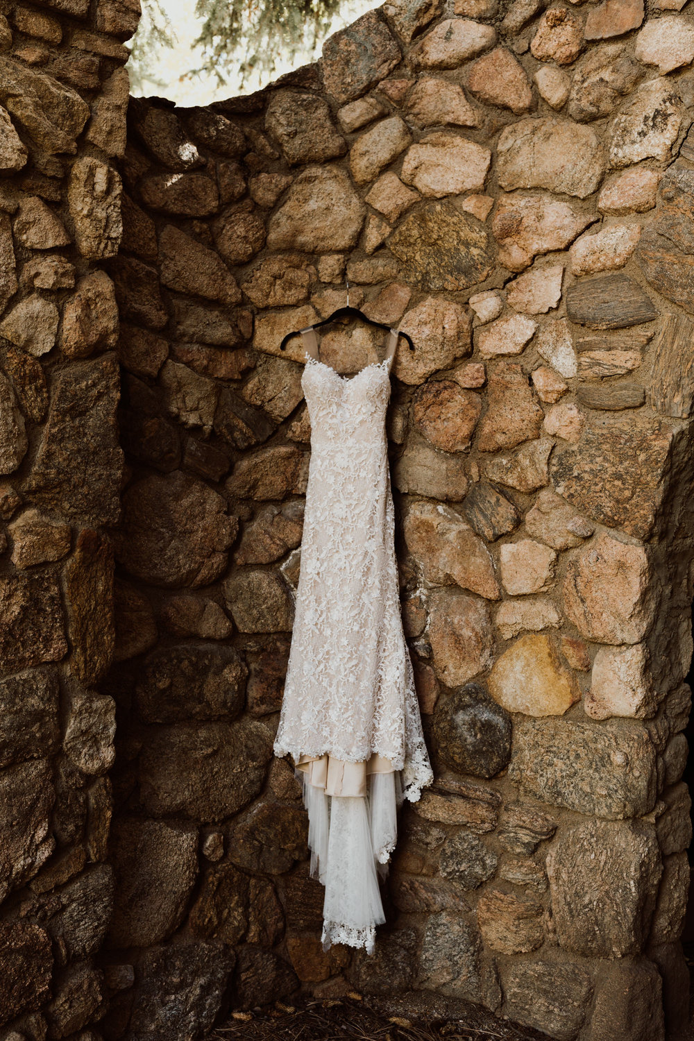 intimate-mountain-creek-lodge-wedding-2.jpg