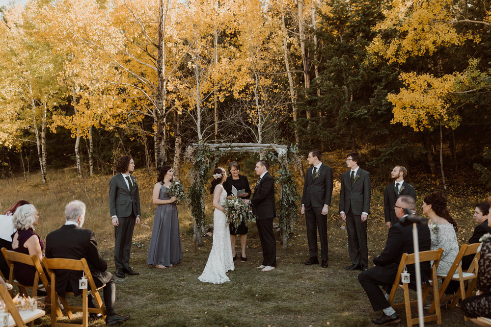 intimate-mountain-creek-lodge-wedding-11.jpg