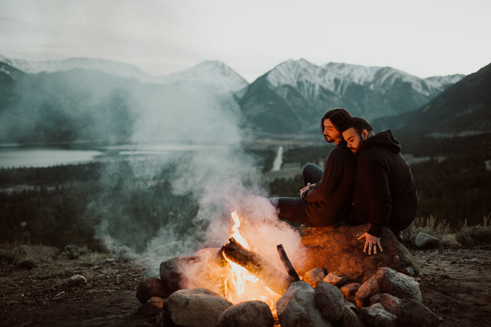 colorado-campfire-anniversary-session-28.jpg