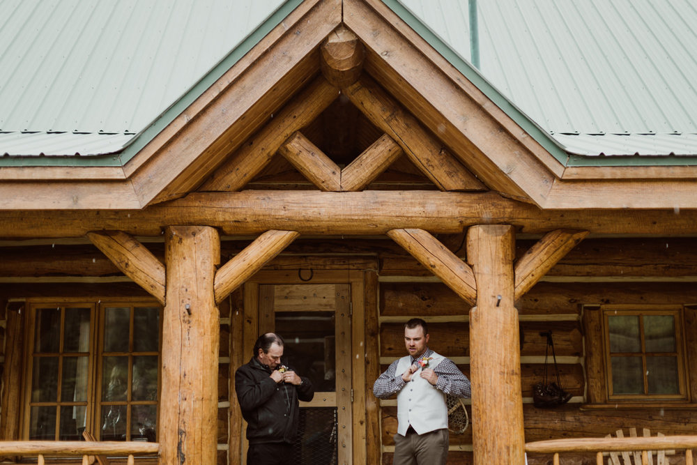 colorado-elopement-photographer-puente-cabin-21.jpg