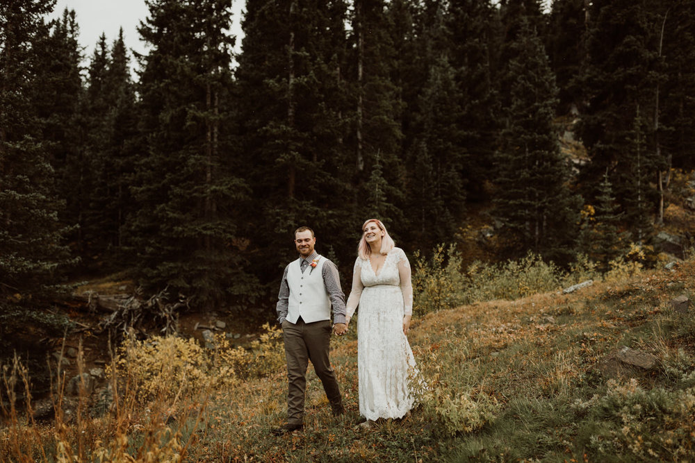 colorado-elopement-photographer-puente-cabin-66.jpg