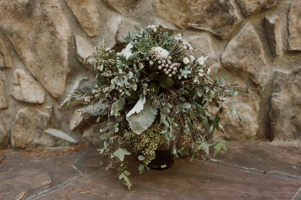 intimate-colorado-fall-wedding-5.jpg