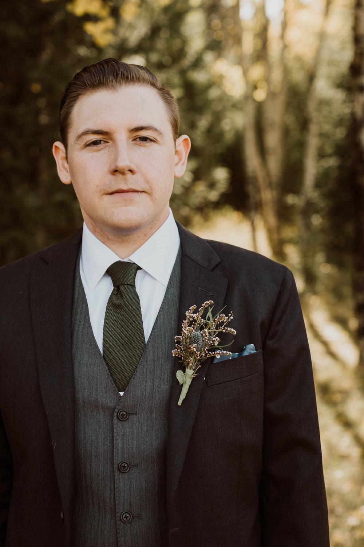 intimate-colorado-fall-wedding-17.jpg
