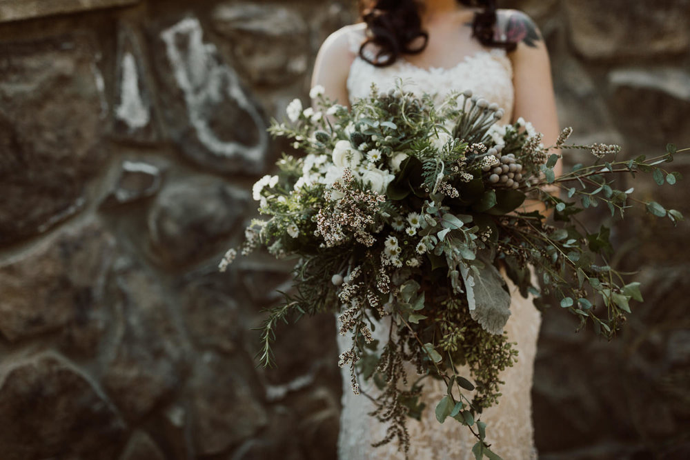 intimate-colorado-fall-wedding-21.jpg