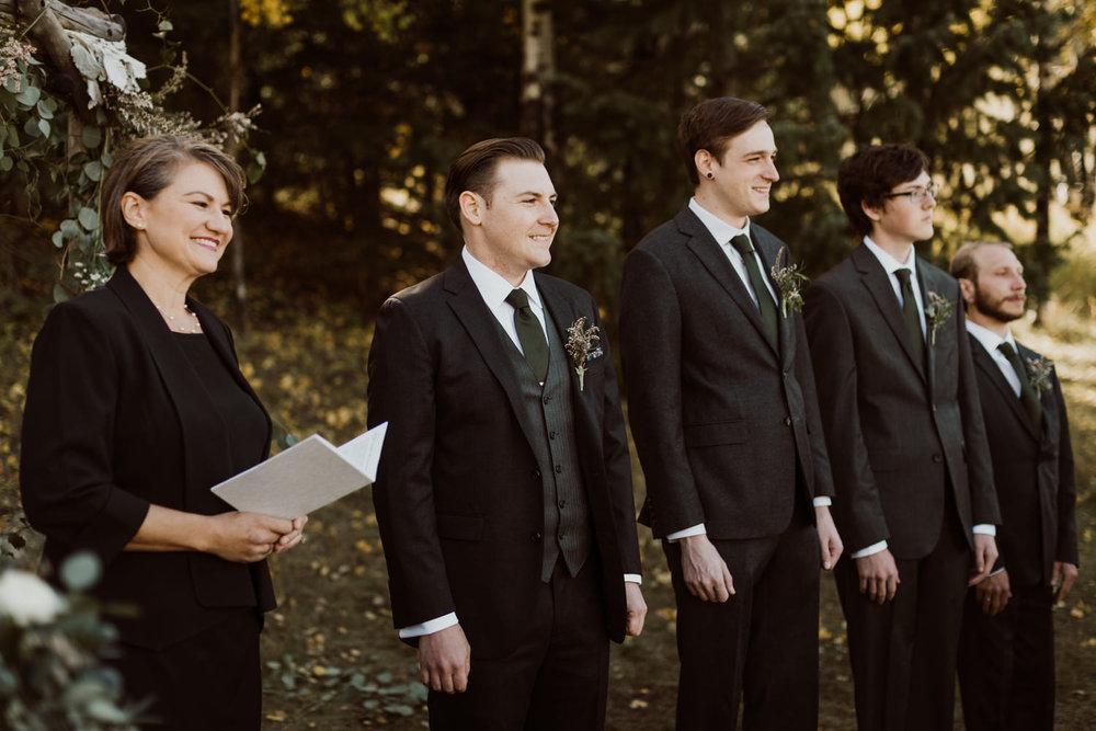 intimate-colorado-fall-wedding-25.jpg