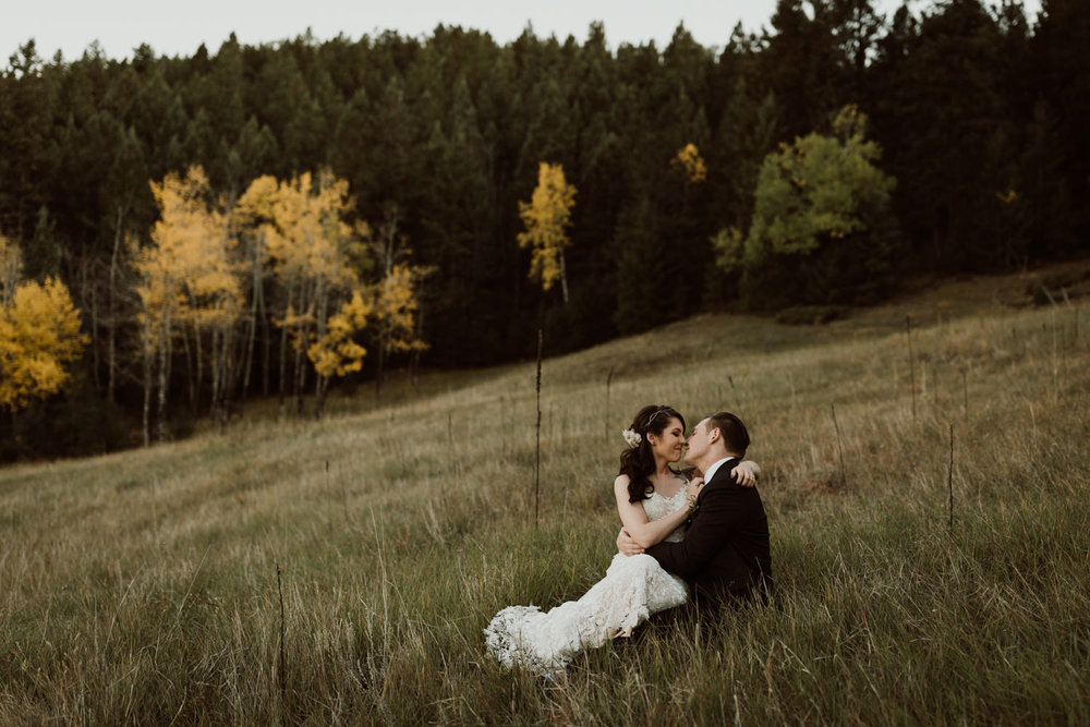 intimate-colorado-fall-wedding-73.jpg