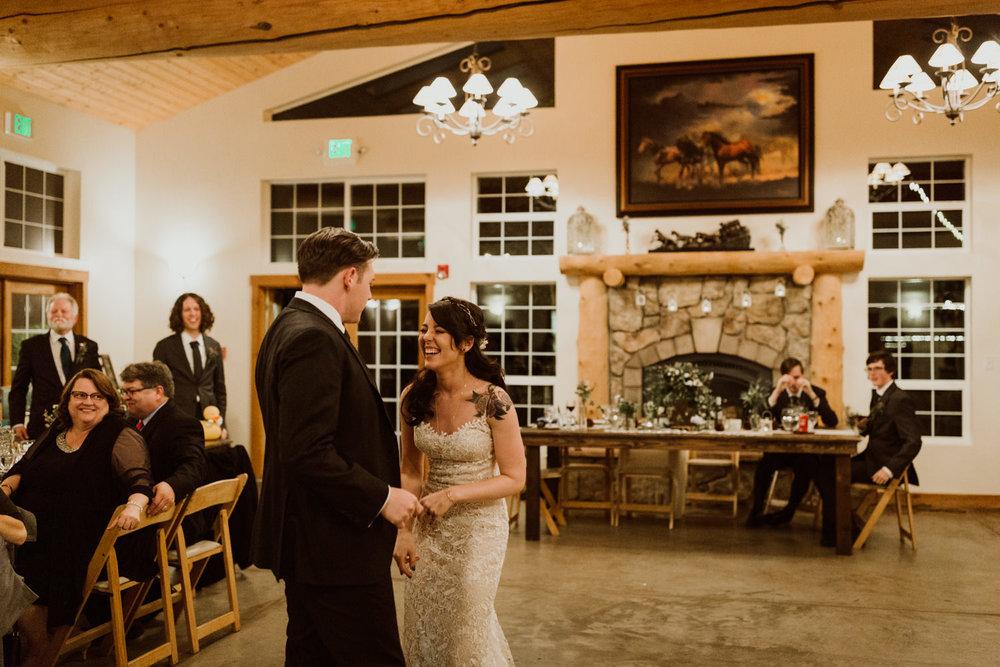 intimate-colorado-fall-wedding-92.jpg