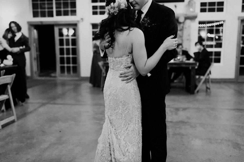 intimate-colorado-fall-wedding-94.jpg